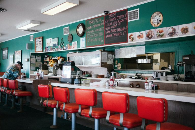 10 Best Diners for a Quick Lunch in Los Angeles