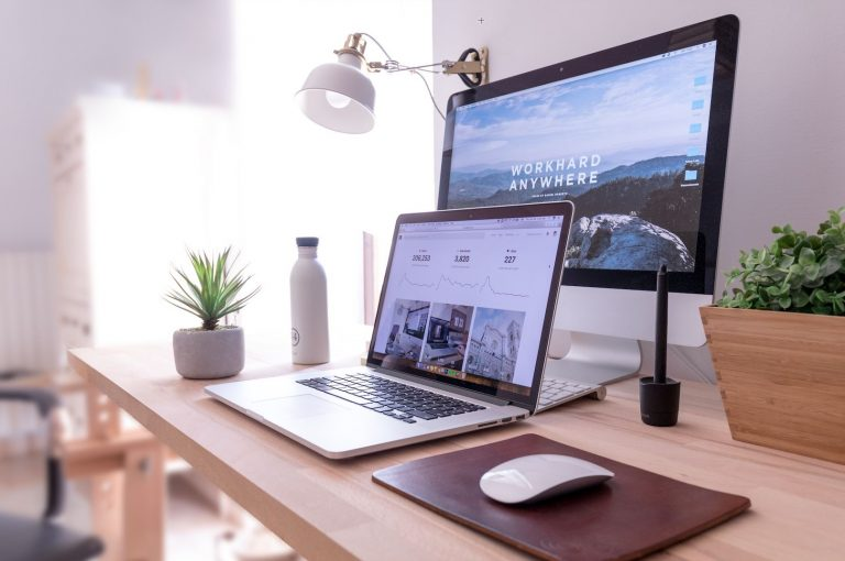 6 Simple Ways to Maximize Your Workspace And Productivity
