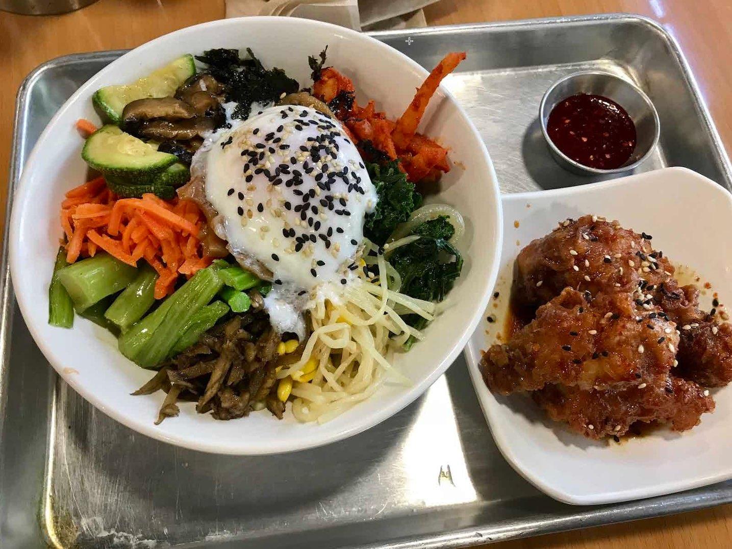 EkoEats, a Korean-Inspired Cafe Serving Up Delicious Vegan Ramen in DTLA