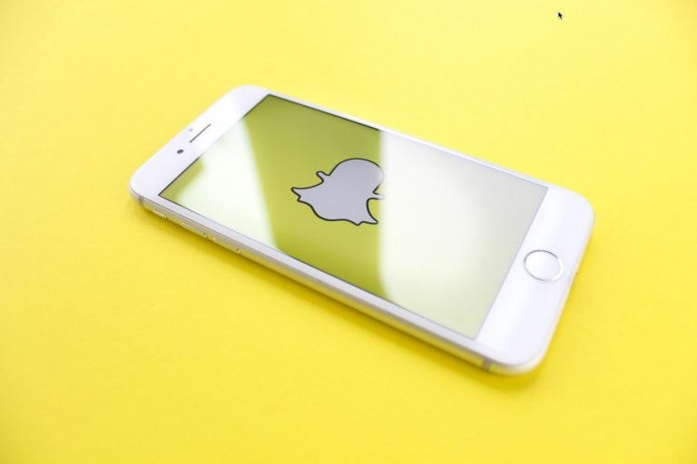 SnapChat Released 'Here For You' a New Mental Health Feature