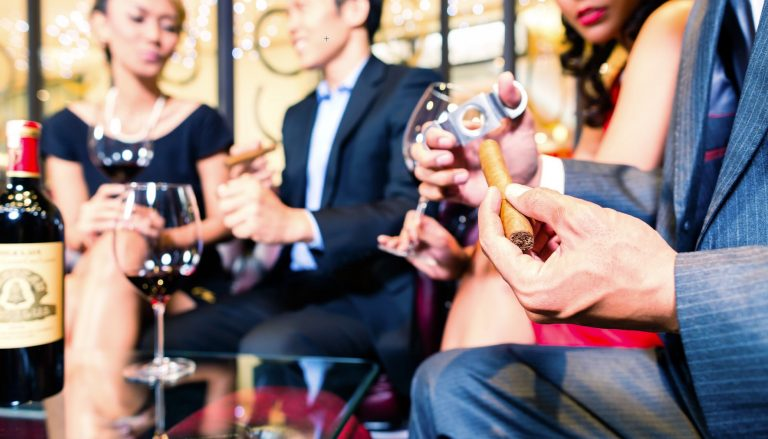 10 Best Cigars and Drink Lounges in Los Angeles