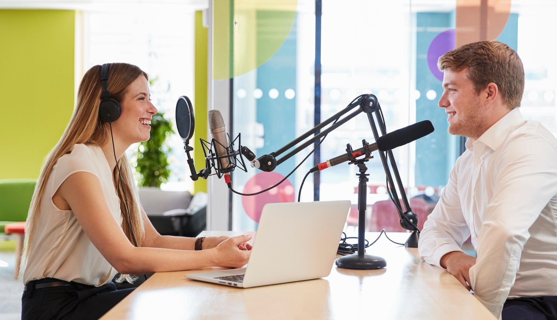 15 Top Podcast Studios to Rent in Los Angeles