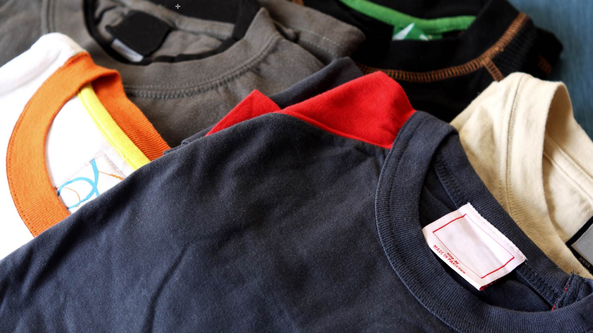 Everything You Need to Know to Start a T-Shirt Business Online