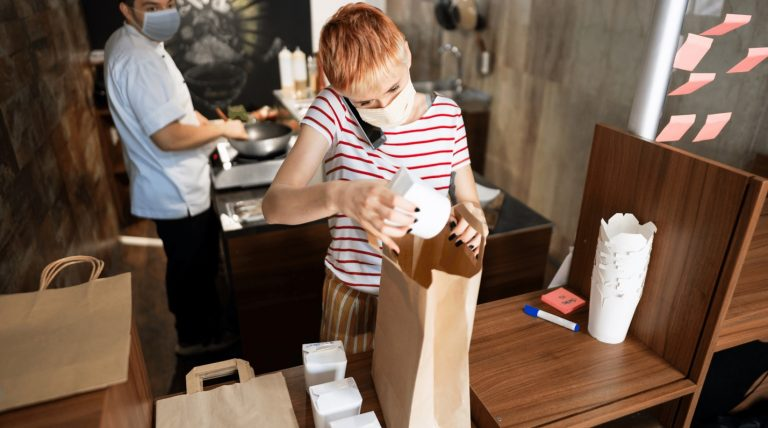 6 Great Examples of How Small Businesses are Adapting to The New Normal