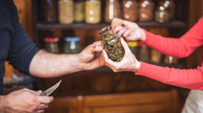 LeafLink Launches a Wholesale Management Platform That Connects Cannabis Brands And Retailers