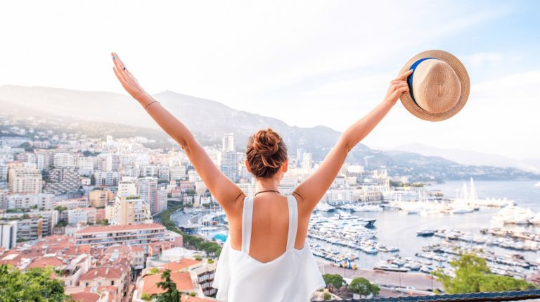 21 Websites and Apps for Finding Last-Minute Travel Deals